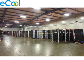 Steel Structure Custom Cold Storage , Cold Room Warehouse With Sealing Dock