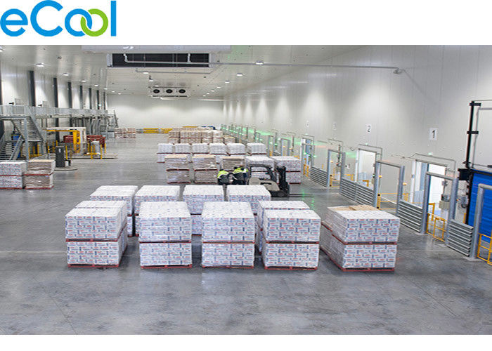 Freon System 3000 Square Meter Cold Storage Of Custom PU Sandwich Board Insulation